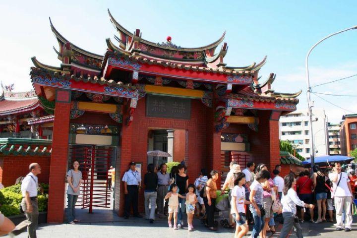 台北一日包車遊玩行天宮